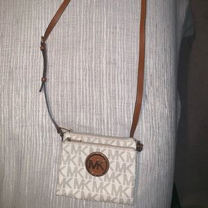 Michael Kors Logo Cross Body purse